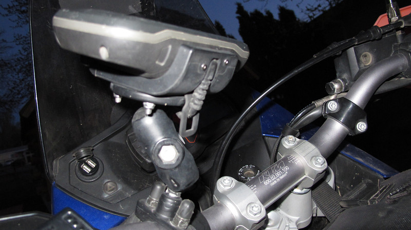 How to install a Garmin montana 650 on a KTM 950 adventure